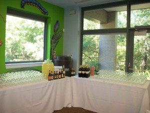 Buffet 300x225 Family Events, Parties, Meetings & Conferences